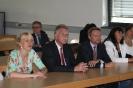 Parteichef Christian Lindner informiert sich am AFG über den Unterricht mit iPads_16