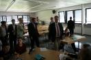 Parteichef Christian Lindner informiert sich am AFG über den Unterricht mit iPads_3